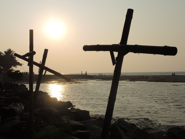 Crosses on the Indian Ocean